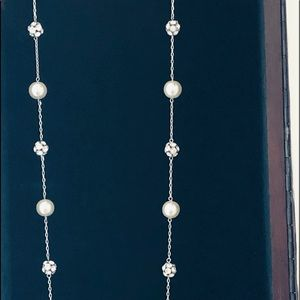 Jewelry - Crystal and Faux Pearl Necklace